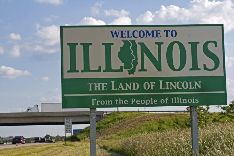 A signboard welcome to Illinois