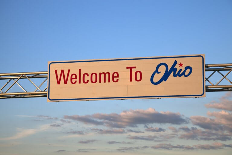 A signboard welcome to Ohio