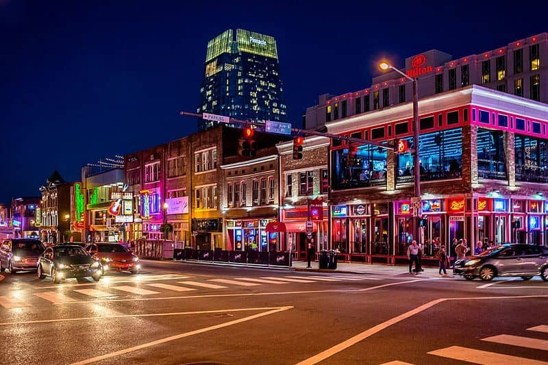 Night life in Nashville city