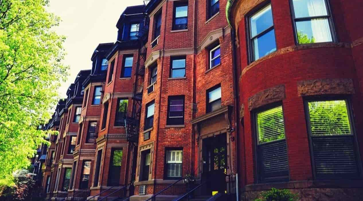 Historical apartments in East Cambridge