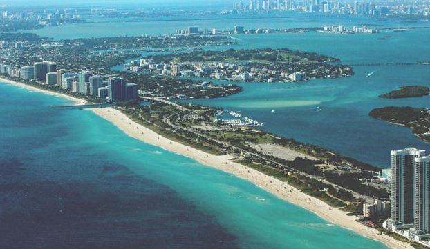 Miami ocean in South Beach