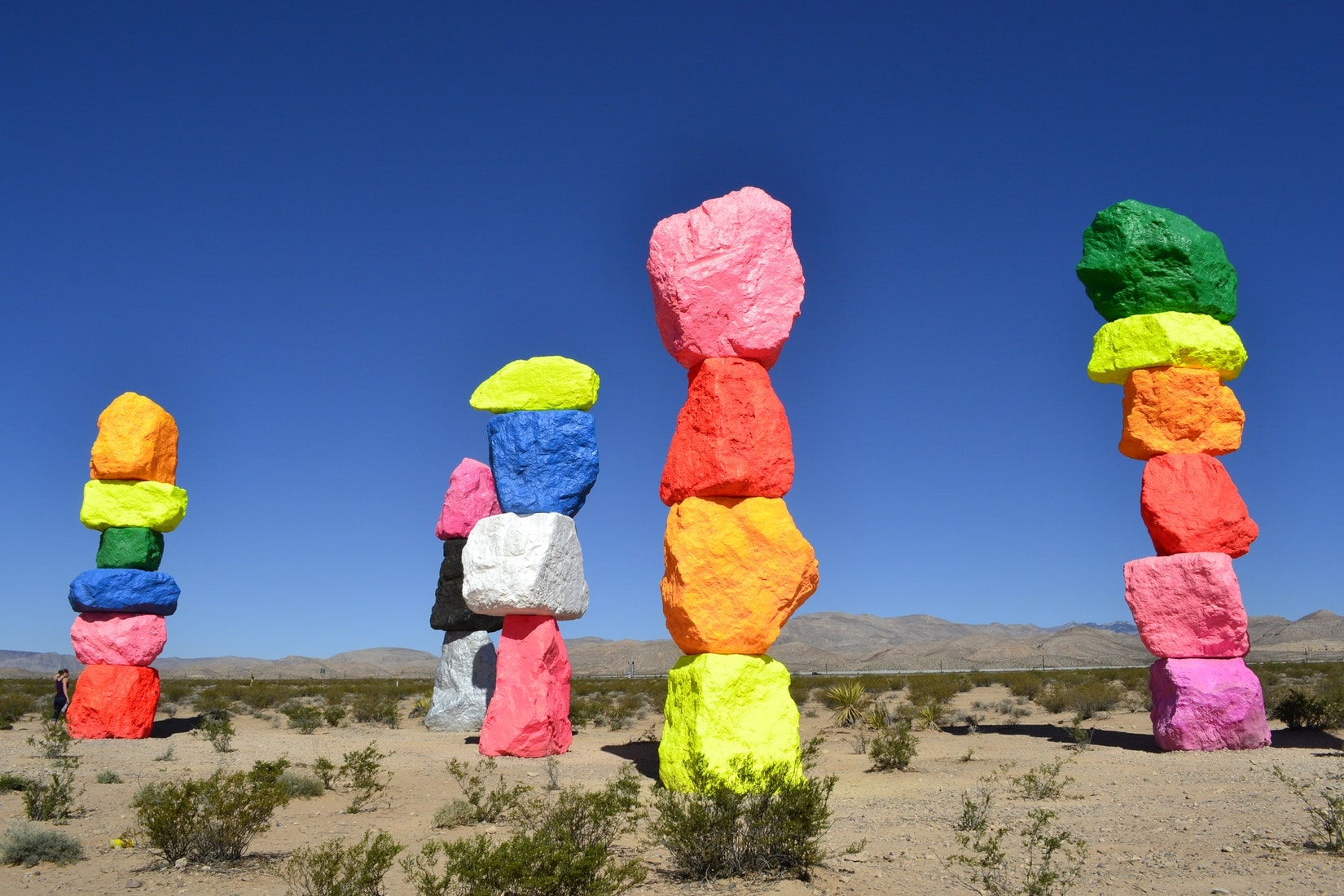 Vegas the lakes attractions seven magic mountains