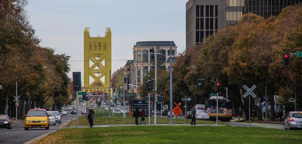 Sacramento downtown is filled with corporate offices for tech startups, a plethora of shopping and dining opportunities, and some of the top places to visit in Sacramento