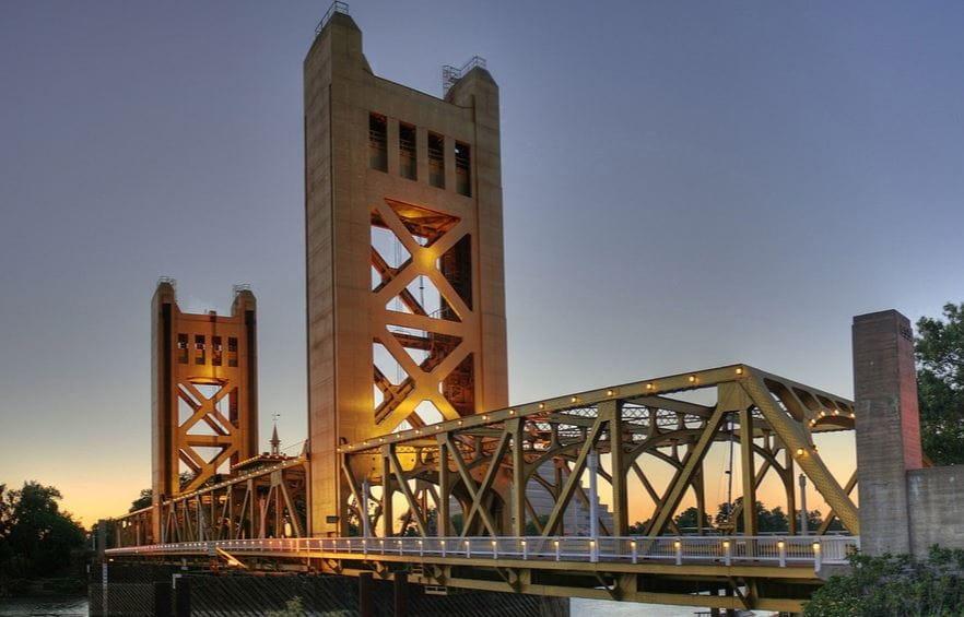 Sacramento bridge in the evning