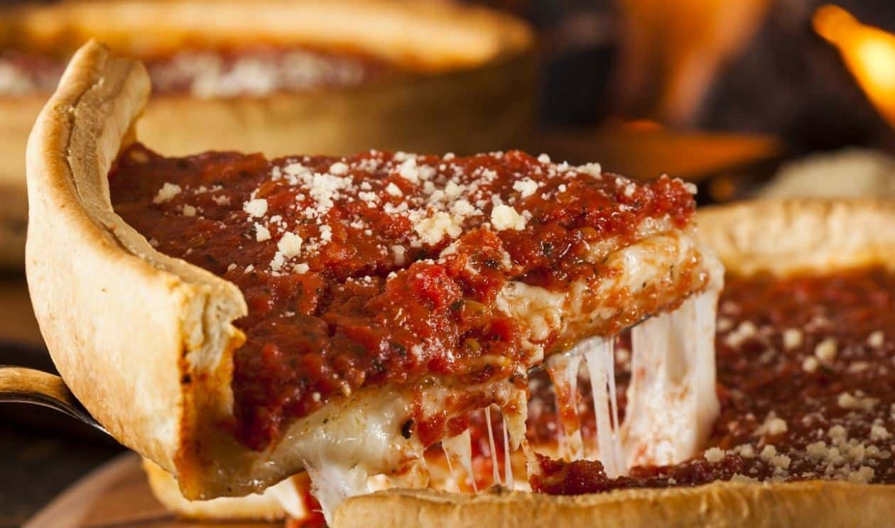 Top 5 Pizza Joints in Chicago