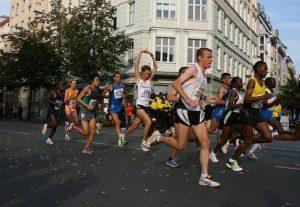runners in houston marathon area